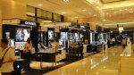 阪急百貨一樓漂亮的化妝品專櫃一景