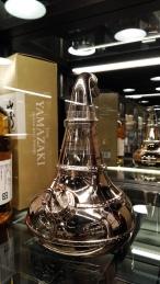 老闆收藏的山崎蒸餾器酒款,非賣品